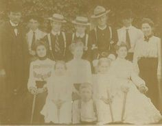CABINET PHOTO DAPPER SHARP DRESSED GROUP OF LADIES AND YOUNG GENTLEMEN OUTSIDE