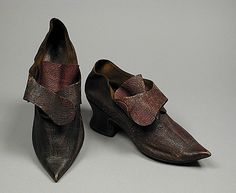 Pair of Woman's shoes, 1740s - 1750s, Morrocan leather, boarded leather, goatskin