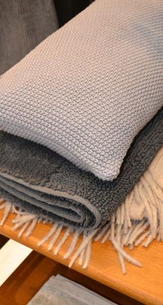 M+O Hand Knit Pillow