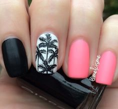 Palms nails