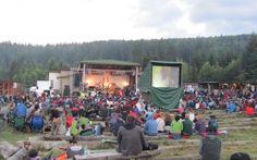 Începe Woodstockul montan de la Gărâna. Patru zile de jazz, cultură şi aer tare în Munţii Banatului