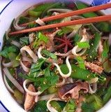 Japanese Skinny Soup with 0 calorie shiratake noodles calories per serving) use gf tamari. Asian Recipes, Healthy Recipes, Ethnic Recipes, Clean Eating, Healthy Eating, Healthy Food, Simply Nigella, Noodle Soup, Noodle Salad