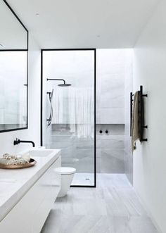 Modern Toilet and Bathroom Designs Home Interior Design Modern Minimalist Black and White Lofts modern bathroom design small modern bathroo. Minimalist Bathroom Design, Modern Bathroom Design, Bathroom Interior Design, Modern Minimalist, Bathroom Designs, Bathroom Images, Interior Livingroom, Modern Design, Minimalist Design