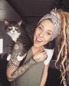 is too much awesome in this pin. Dreads, cat, and tattoos.There is too much awesome in this pin. Dreads, cat, and tattoos. Trendy Tattoos, Popular Tattoos, Sexy Tattoos, Body Art Tattoos, Geometric Sleeve Tattoo, Best Sleeve Tattoos, Sleeve Tattoos For Women, Full Arm Tattoos, Tattoo Girls