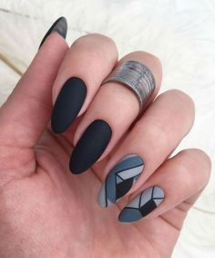 Geometric nail art designs look beautiful and chic on short and long nails. This pattern has been popular in nail art for a long time, because it is easy to create in n Nail Art Designs, Black Nail Designs, Nail Designs Spring, Cute Spring Nails, Spring Nail Art, Grey Nail Art, Cool Nail Art, White Nail, Uñas Fashion