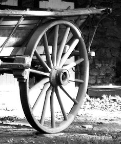 Black & White Of Antique Farm Wagon Rear Wheel Assembly | Love's Photo Album