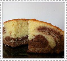 La meilleure recette de Marbré moelleux au mascarpone! L'essayer, c'est l'adopter! 4.8/5 (4 votes), 7 Commentaires. Ingrédients: - 240 gr de farine - 3 oeufs - 25 gr d'huile neutre - 200 gr de mascarpone - 50 gr de lait - 160 gr de sucre - 1 sachet de levure chimique - 100 gr de chocolat au lait + 2 kinders maxi