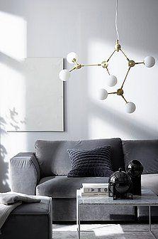 Her finner du flust av taklamper til hjemmet ditt. En ny taklampe gir en god allmennbelysning. Handle trygt på jotex.no. Monaco, Candels, Brisbane, Brighton, Nashville, Indoor Outdoor, Chandelier, Ceiling Lights, Living Room