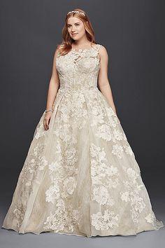 David\'s Bridal has beautiful plus size wedding dresses that come ...