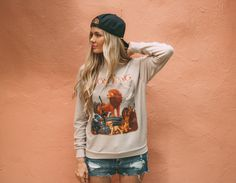F21 wh/ Barefoot Blonde, the Lion King Sweat!
