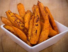 Fix Approved Spicy Sweet Potato Fries Yellow, Blue/Orange) // 21 Day Fix // fitness // fitspo // workout // motivation // exercise // Meal Prep // diet // nutrition // Inspiration // fitfood // fitfam // clean eating // recipe // recipes Healthy Fries, Healthy Recipes, Clean Eating Recipes, Clean Eating Snacks, Healthy Snacks, Vegetarian Recipes, Snacks List, Eating Healthy, Vegan Vegetarian