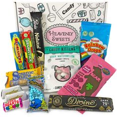 This Giftbasket is perfect for everyone who wants to send lots of sweet love to a (vegan) loved one! Vegan Recipes, Snack Recipes, Pure Products, Vegan Sweets, Love Is Sweet, Retro, Gift Baskets, Pop Tarts, Gourmet