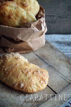 il gattoghiotto: Il pane che si fa da solo - Le ciabattine
