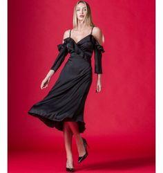 f1883de692f8 Φορέματα. Φόρεμα Midi Κρουαζέ Έξωμο με Βολάν Ραντάκι και Μανίκια - Μαύρο.  Nostress Fashion