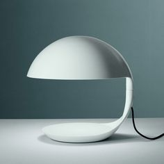 Lampe de salon Cobra - Martinelli Luce -  Designer : Elio Martinelli #design