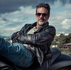 Seems to me even more starts like this actor Jeffrey Dean Morgan
