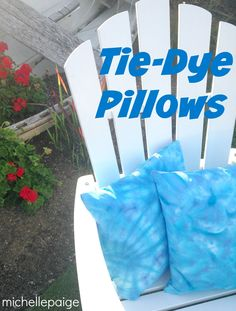 michelle paige: Tie-Dye Pillows with Delightfully Noted Old Craft Challenge