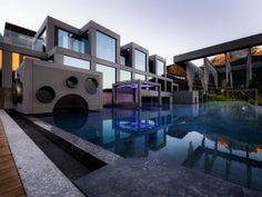 MOHR escape !!!NEU!!! Das Hotel, Outdoor Pool, Austria, Mansions, House Styles, Pools, Life, Spaces, Home Decor