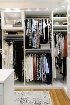 What are your closet must-haves? We recommend custom lighting designed to enhance the clean, tailored look of a white aesthetic. #design #masterwalkin