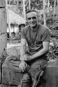 American actors Dennis Hopper on the set of the film Apocalypse Now directed by Francis Ford Coppola and based on Joseph Conrad's novel Heart of. Dennis Hopper, Francis Ford Coppola, Star Wars, Celebrity Stars, Easy Rider, Yesterday And Today, Present Day, American Actors, Old Hollywood