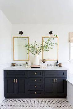 Bad Inspiration, Bathroom Inspiration, Bathroom Renos, Bathroom Flooring, Bathroom Cabinets, Bathroom Ideas, Bathroom Mirrors, Bathroom Renovations, Remodel Bathroom