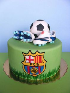 For all those soccer fans, here's a gallery of creative soccer themed cakes. Not sure how to decorate a soccer cake? Soccer Birthday Cakes, Soccer Party, Soccer Cakes, Birthday Boys, Ronaldo Birthday, Soccer Theme, Happy Birthday, Football Themed Cakes, Football Cakes For Boys