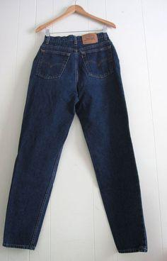 Vtg Dark Blue 512 Levi s High Waisted Tapered Leg Slim Fit Mom Jeans Denim  28