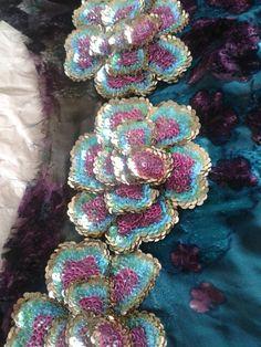 Sana caftan Plus Zardozi Embroidery, Hand Embroidery Dress, Tambour Embroidery, Couture Embroidery, Silk Ribbon Embroidery, Beaded Embroidery, Embroidery Stitches, Embroidery Patterns, Bordados Tambour