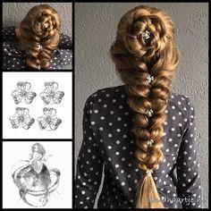 Braided rosette and a elastic braid with beautiful curlies from the webshop www.goudhaartje.nl (worldwide shipping). #elasticbraid #curlies #hair #haar #vlecht #vlechten #bigbraid #hairstyle #braid #braids #hairstylesforgirls #beautifulhair #gorgeoushair #stunninghair #hairaccessories #hairinspo #braidideas #amazinghair #amazingbraids #hairfashion #stunningstyles #hairart #braidideas #longhairdontcare #goudhaartje
