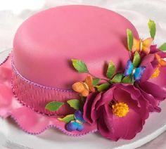 Easter bonnet cake454 x 408   23.1 KB   www.sugarcraft.com