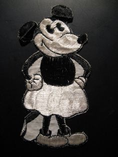 Old fabrics emblem of silk of Mickey Mouse...comes from the 30s...
