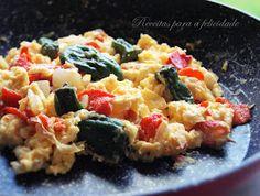 Receitas para a Felicidade!: Ovos Mexidos com Pimentos Padrón