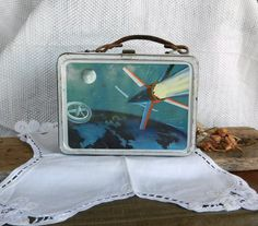 Space Travel Lunchbox Vintage Space, Space Travel, London Travel, Old And New, 1950s, Give It To Me, Metal, Lunch Boxes, Leather