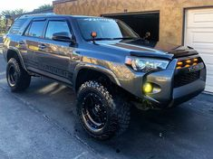 Taking the gen to mammoth in june 🏔 Break her in a bit. just need a BMC from and she'll be set! Toyota 4runner Trd, Toyota Tacoma, Jeep Truck, Pickup Trucks, My Dream Car, Dream Cars, 4x4, Toyota Girl, Jeep Grand Cherokee Laredo