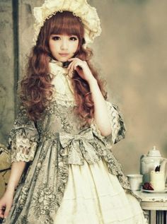 Most popular tags for this image include: lolita, cute, girl, kawaii and classic lolita