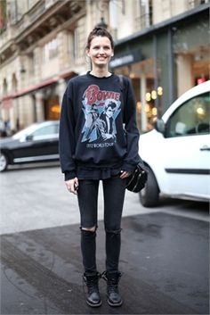 rock the fark on with your Bowie jumper #KaitlinAas. #offduty
