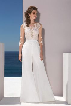 Wedding Gowns with Pants (Page Brides in Pants If we ask what it means to marry for a girl, we're certain that we'll get totally different solutions from all ladies. Many ladies who. Wedding Gowns with Pants Wedding Trouser Suits, Wedding Pantsuit, Wedding Gowns, Evening Dresses, Prom Dresses, Wedding Jumpsuit, Engagement Dresses, Bridal Robes, Bridal Outfits