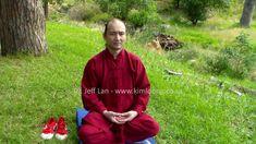 氣功 Qigong is a healing modality of Traditional Chinese Medicine (TCM). The paradigm of TCM differs from that of western medicine. Rain Jacket, Bomber Jacket, Chinese Martial Arts, Traditional Chinese Medicine, Qigong, Cosmic, Windbreaker, Healing, Life