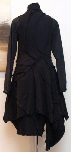 stilecht - mode für frauen mit format... - rundholz dip - Longweste Außennähte black - Winter 2013