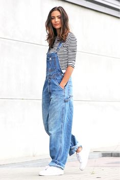 0d4e75733595 This Blogger Makes A Cool Case For Baggy 90s-Inspired Overalls via   WhoWhatWear  90SFashionTrends