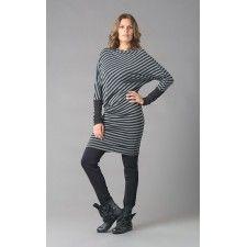 ELSEWHERE jurk - tuniek in GRIJS zwart gestreepte jersey, asymmetrische belijning. Viscose/elastan