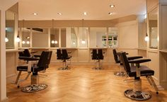 A classy salon needs classy makeup chairs. #makeupchair #makeupartistchair #foldingmakeupchair