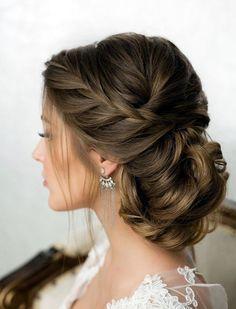 ravishing-wedding-hairstyles-for-brides-2017-edition-14