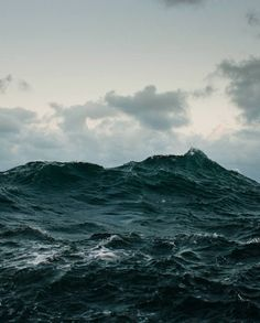 """Roll on, deep and dark blue ocean, roll"", Lord Byron.  The French poet, Alfred de Musset, wrote: ""Quels que soient mes destins, je dis comme Byron: ""L'Océan peut gronder, il faudra qu'il me porte."""