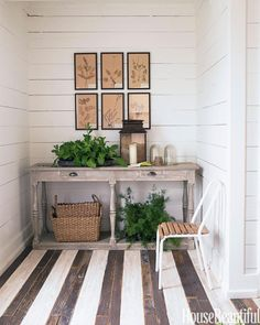 8 great ways to decorate with stripes http://hbm.ag/60109o08 pic.twitter.com/0jRyBLkdMW