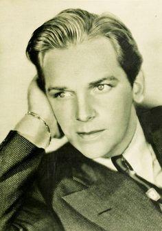 Douglas Fairbanks Jr., 1931. #vintage #actors #1930s  (1909-2000)