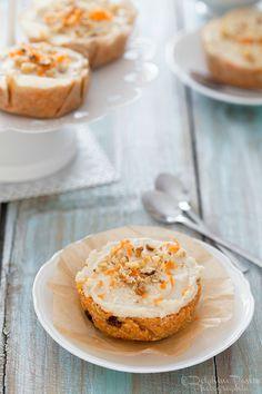 Carrot Cake extrait de mon ouvrage Desserts Crus - photo Delphine Paslin