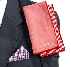 This Red & Navy Gingham Personalized Handkerchief Set will make a useful gift to your well-dressed groomsmen.
