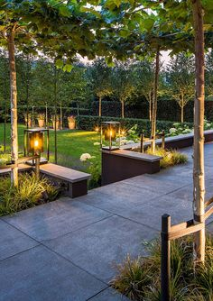 Terrace With Decoration Light You Must Try In Your House 36 Modern Garden Design, Garden Landscape Design, Modern Design, Back Gardens, Outdoor Gardens, Patio Grande, Diy Garden Decor, Outdoor Lighting, Lighting Ideas
