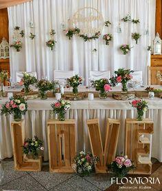 Rustic Crate Ideas Receptions 45 Ideas For 2019 Diy Wedding Backdrop, Outdoor Wedding Decorations, Backdrop Decorations, Wedding Themes, Flower Decorations, Backdrops, Diy Bedroom Decor, Rustic Wedding, Wedding Flowers
